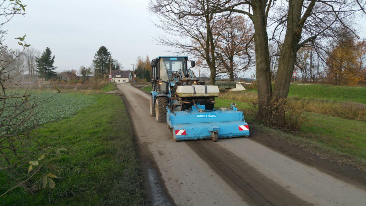Reinigung Baustraßen und Baustraßenzufahrten...